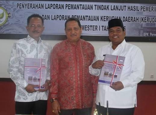 Wabup Suhatri Bur Terima LPTL dan LHPKN Semeseter I dari BPK RI Perwakilan Sumatera Barat