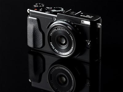 Fujifilm X70ミラーレスデジタルカメラファームウェアのダウンロード