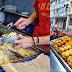 小贩美食简介:柔佛新山吃经济早餐好去处,简单经济又实惠。