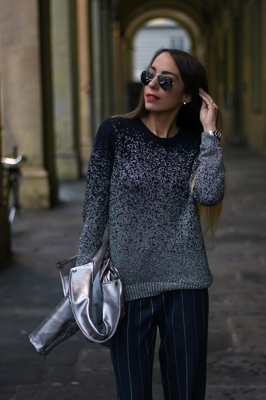 maglione blu e argento