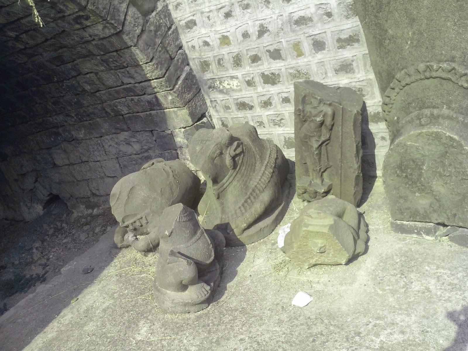 huge stone structure at kandhar fort