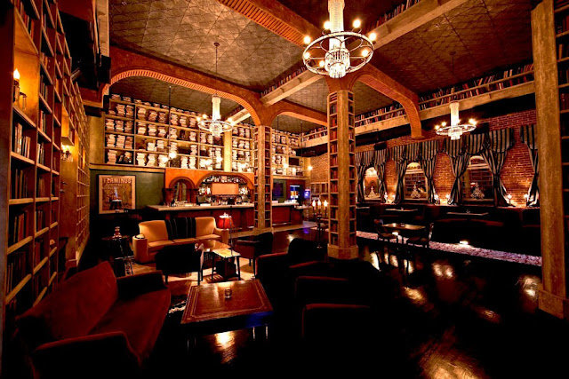 Hemingway Lounge California