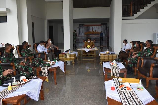 Danrem 043/Gatam Hadiri Virtual Meeting Rakor Kepala Daerah Dipimpin Presiden RI Ir. Joko Widodo