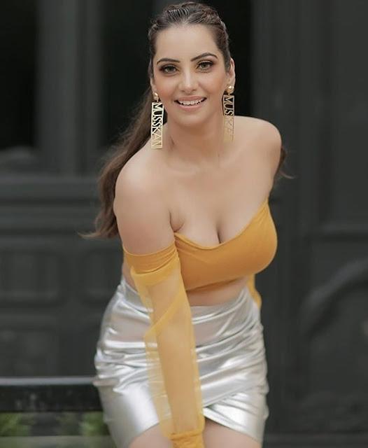 Adorable Indian Models, Indian Models Wallpapers
