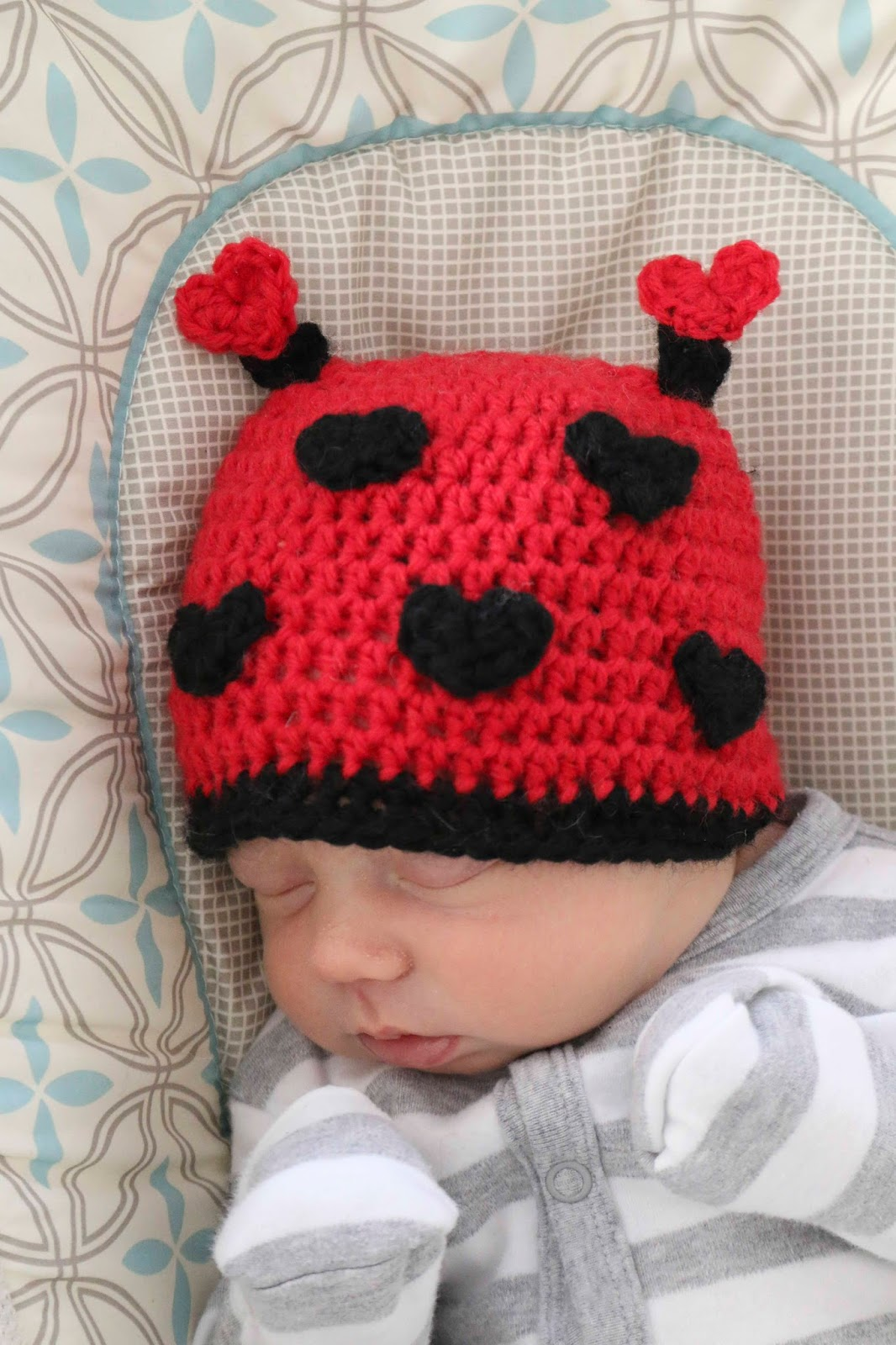 A Valentineu0027s Day Love Bug Hat