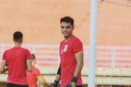 Gianluca Pandeynuwu Penjaga Gawang Muda Berpotensi Borneo FC