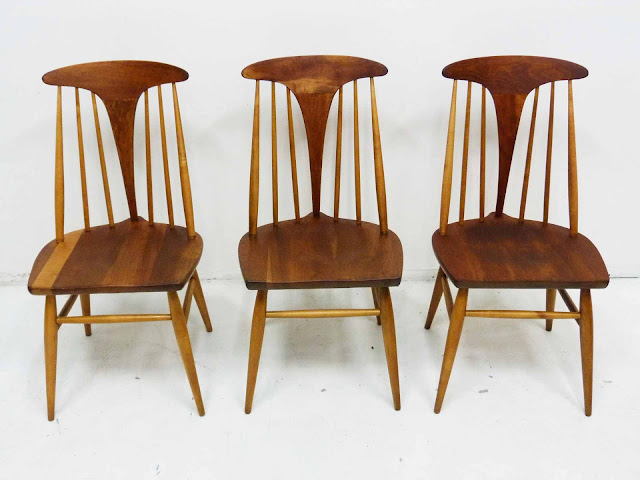 Heywood Wakefield Dowel High Back Mid-Century Doeskin Dining Chairs Set 1 Front