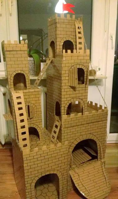 Handmade cardboard castle DIY / zabawka zamek z kartonu