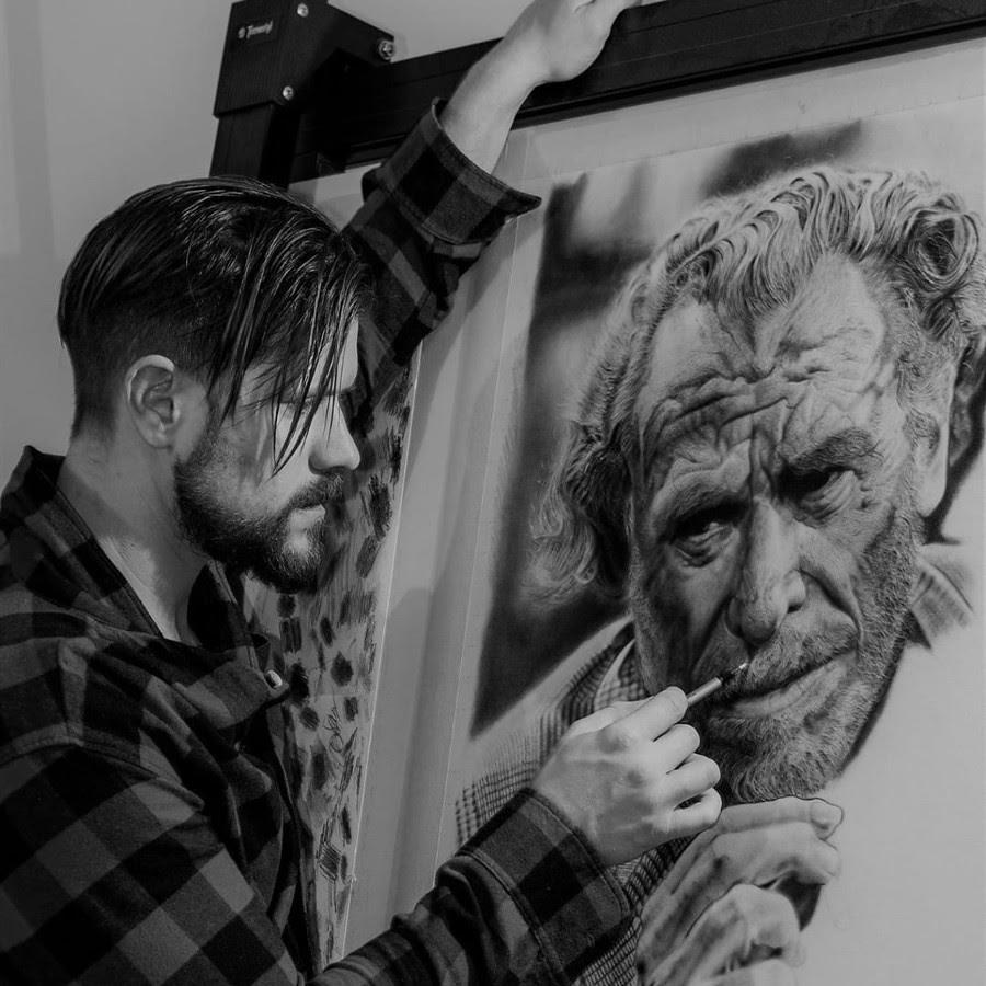 05-Charles-Bukowski-Ivan-Kobilšek-Pencil-Portrait-www-designstack-co