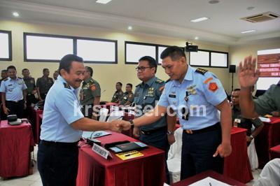 Satkomlek TNI Harus Tingkatkan Kemampuan Melalui Latihan Terprogram