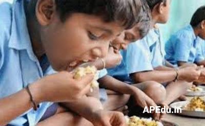 MDM Dry rice, eggs, chikks, distribution to school children