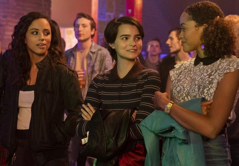 Le Rewind Club: Trinkets, un teen drama divertissant mais sans originalité.