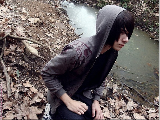 emo, boy, alone, sad, fashion, cute | lovepicturex