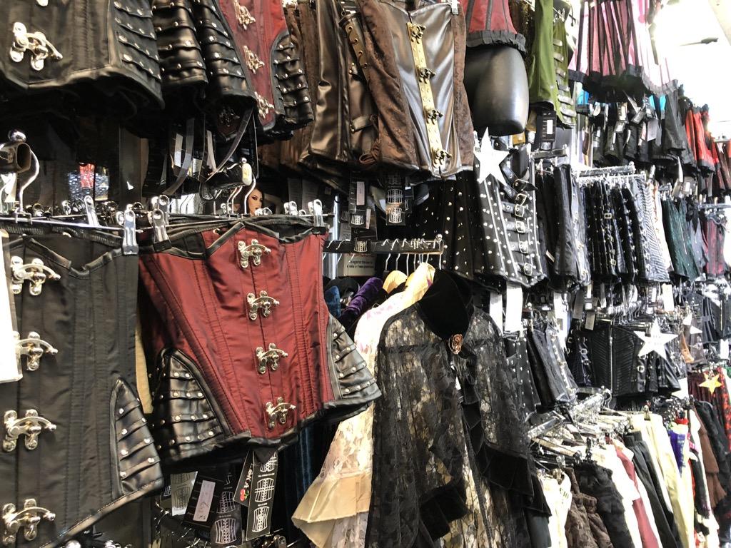 7a5012231fd7 Cornucopia?: Klädskam - dina kläder större klimathot än flyget