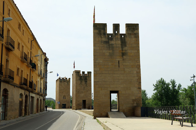 Torreones medievales pertenecientes a la antigua muralla de Alcañiz, Teruel