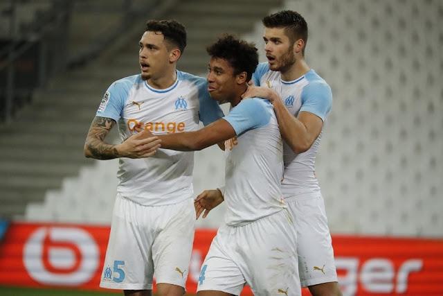 تم تأجيل المباراة الافتتاحية  للدوري الفرنسي بعد أربعة اختبارات إيجابية لفيروس كورونا في مرسيليا - موقع عناكب الاخباري
