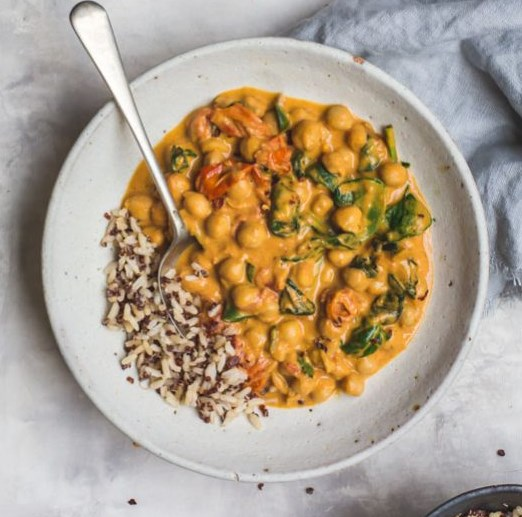 WALK-AWAY CHICKPEA TOMATO AND SPINACH CURRY | VEGAN #veggies #vegetarian