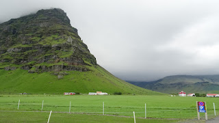 Mountains south of Iceland