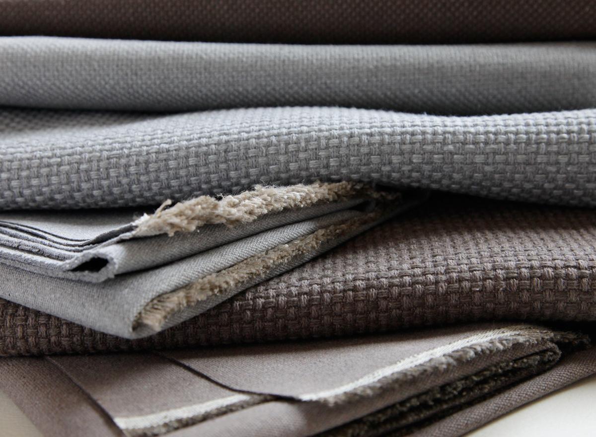 Nueva colecci n les creations de la maison 2012 - Tipos de tela para tapizar ...