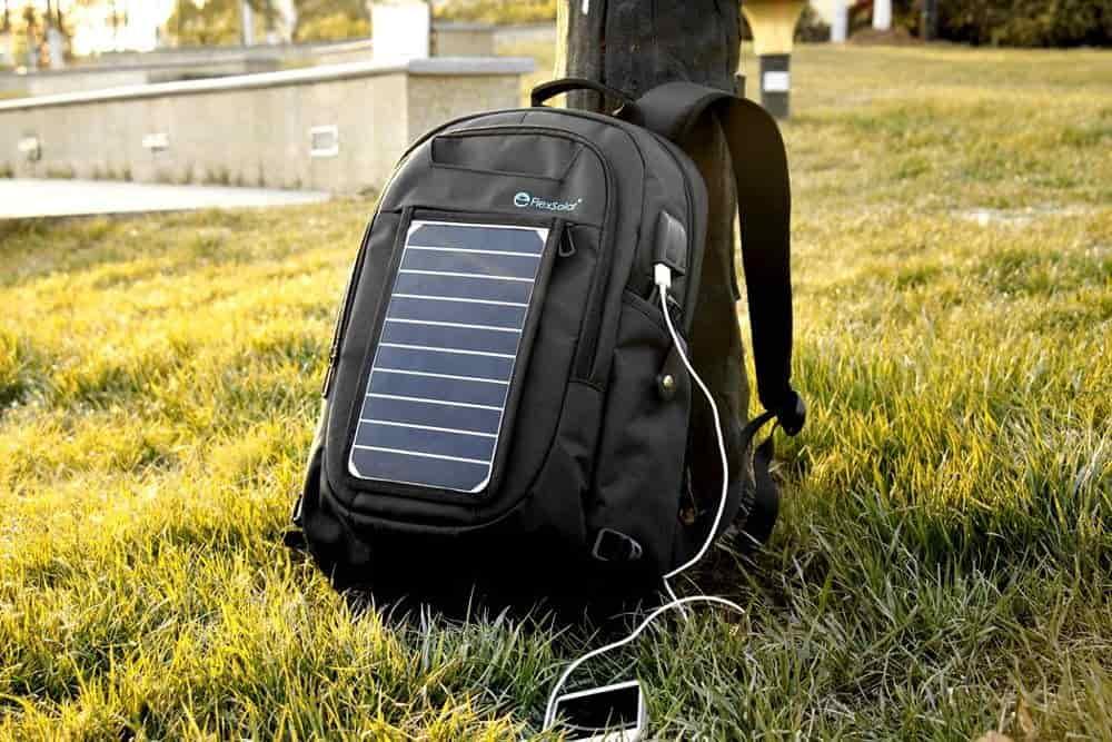 Use las mochilas solares