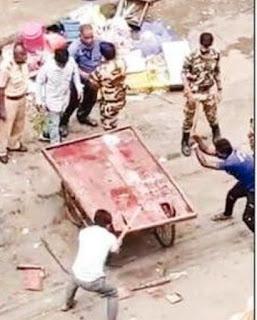 मीरा रोड में महापालिका का लाठीतंत्र | #NayaSaberaNetwork