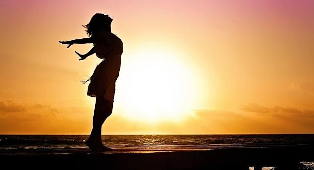 Η ικανοποίηση από τη ζωή συνδέεται με τη μακροζωία