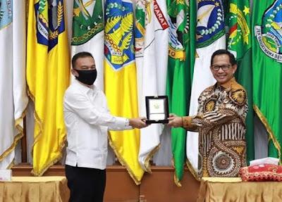 Plt Wali Kota Medan, Akhyar Nasution berani sindir Mendagri Tito Carnavian dan Wakil Ketua DPR RI