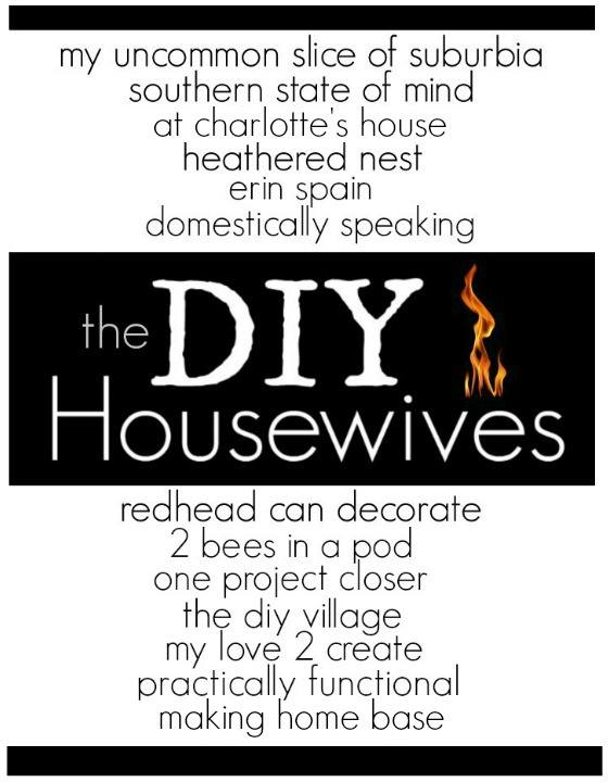 Check out these 13 super cool lighting ideas from the DIY Housewives, there are so many I want to try!  MyLove2Create