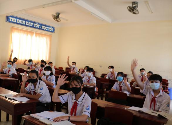 Cập nhật lịch học trở lại mới nhất của học sinh cả nước: Học sinh một số tỉnh đã đi học trở lại