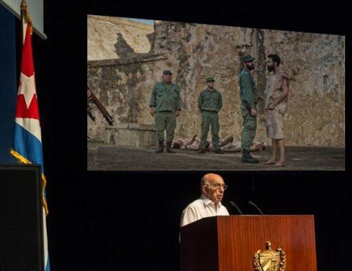 """Régimen proyecta """"Plantados"""" en teatro del Consejo de Estado y todos salen llorando"""