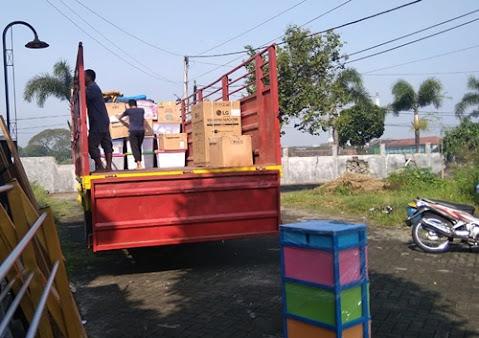 Sewa Truk Fuso Pindahan Kediri Bandung