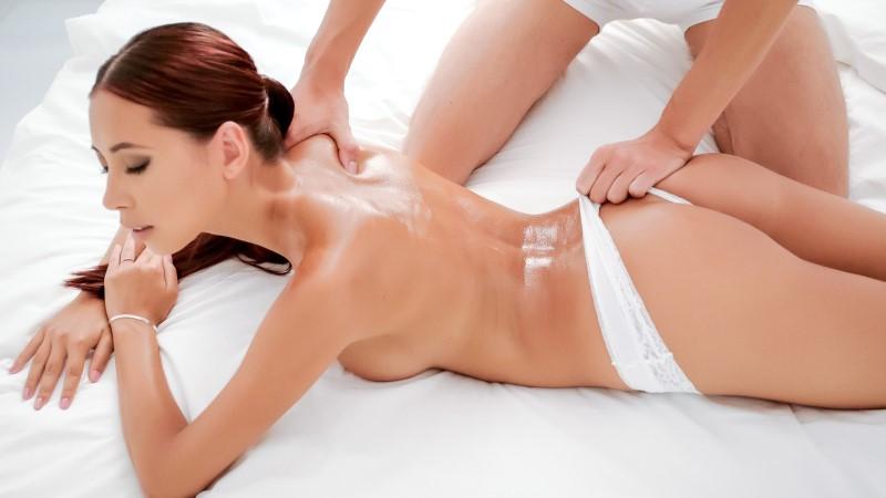 LETSDOEIT – ROYAL TREATMENT – Paula Shy