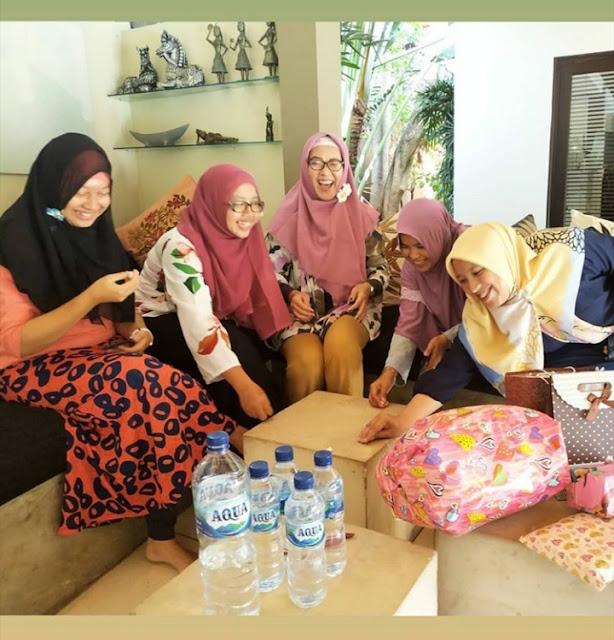 Mombassador SGM Eksplor Goes To Bali, Tukar Kado at Villa Sitara