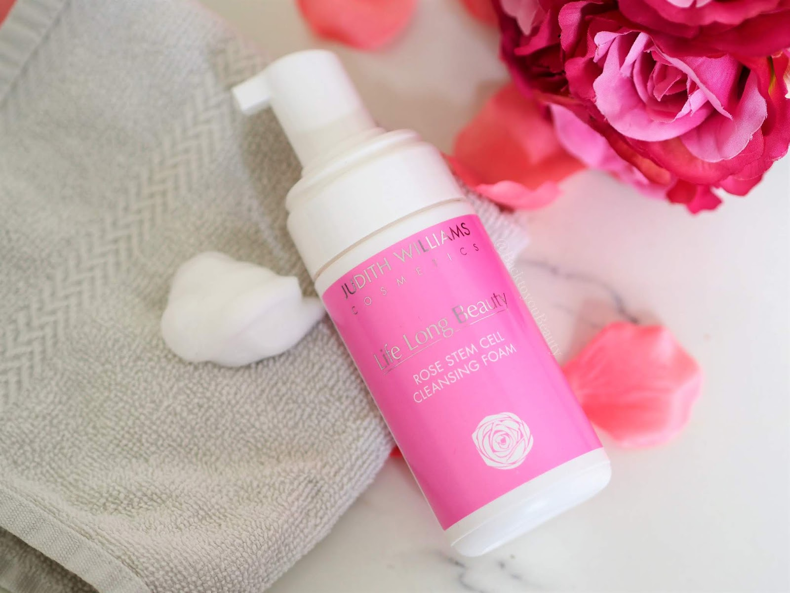 Rosa Centifolia foam face wash