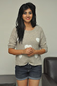 Shamili new cute photos gallery-thumbnail-8