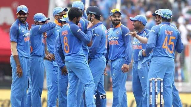 Team%2Bindia%2B भारत ने तीसरे मुकाबले में वेस्टइंडीज को चार विकेट से हराकर तीन मैचों की सीरीज 2-1 से अपने नाम कर ली।