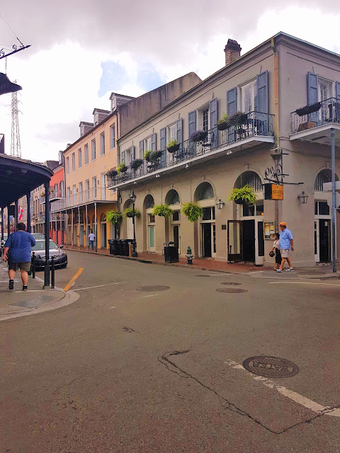 New Orleans, Louisiana, travel, blogger, French quarter, tourist, summer