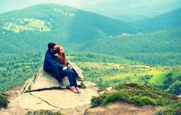 mau menyatakan cinta di gunung
