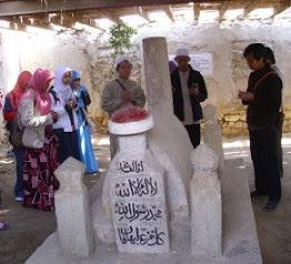 Ziarahi. Makam Ahli Hadist Al-Hafidz Ibnu Hajar Di Mesir