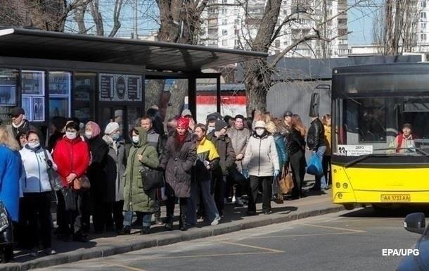 Министр рассказал, остановят ли транспорт в случае полного локдауна