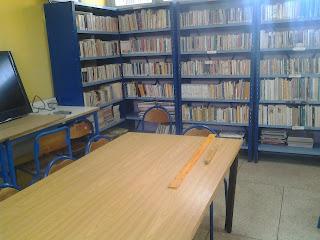 أستاذ بمديرية أنفا الدار البيضاء يعيد الحياة لمكتبة الثانوية التأهيلية