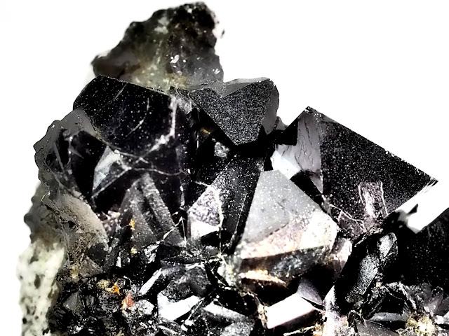 Magnetite Tizi-n-inouzane/imilchil morocco