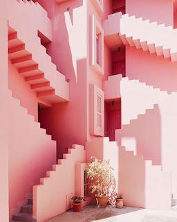 Różowe ściany- costa blanka