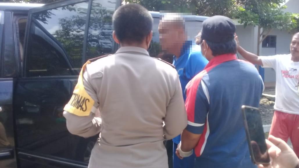 Polisi Polsek Purbalingga Bantu Amankan Warga Mengamuk