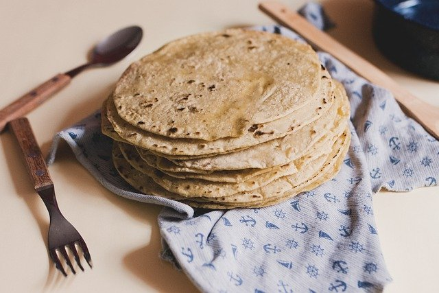 How to Make Homemade Corn Tortillas