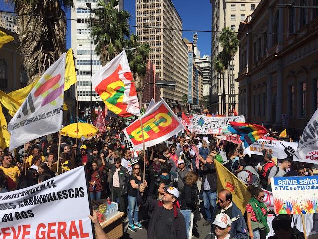 Greve geral de 28 de abril de 2017 em Porto Alegre e Brasil.