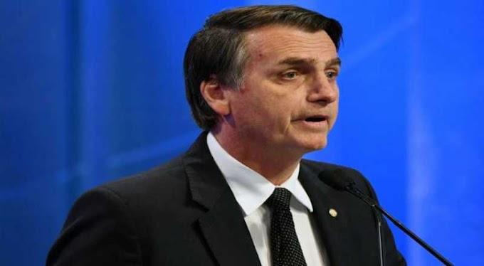 Bolsonaro tem alta hospitalar 23 dias após levar facada