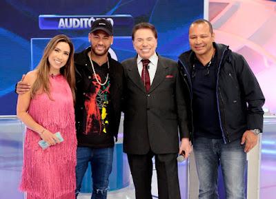Patricia, Neymar, Silvio e Neymar Pai (Crédito: Lourival Ribeiro/SBT)