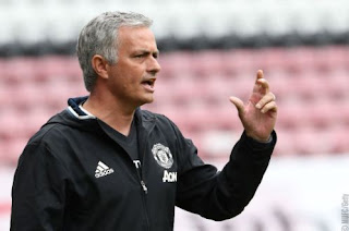 Mourinho: Liverpool Tak Sebagus Kata Media