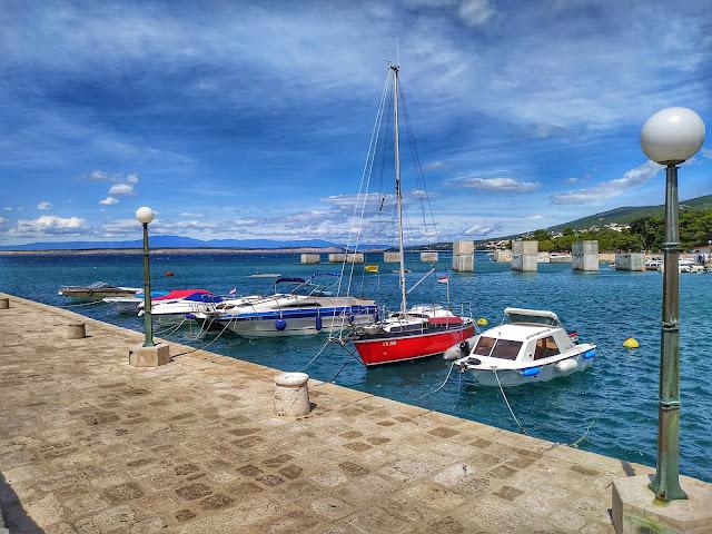 centrum miasta Crikvenica, port, morze, miasteczko
